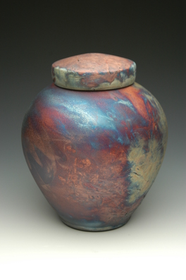 hand thrown ceramic stoneware cremation urns, funeral urns or funerary urns